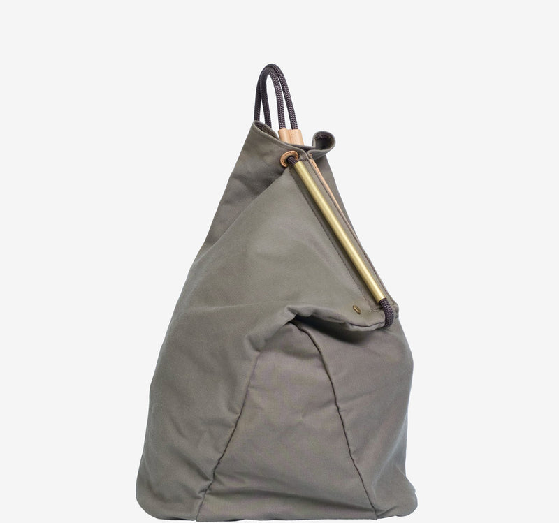 ro Onigiri Small Sack | Urban Leather Goods & Accessories | robags.com