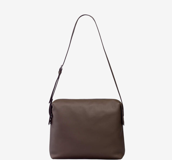 ro Indus Messenger | Urban Leather Goods & Accessories | robags.com