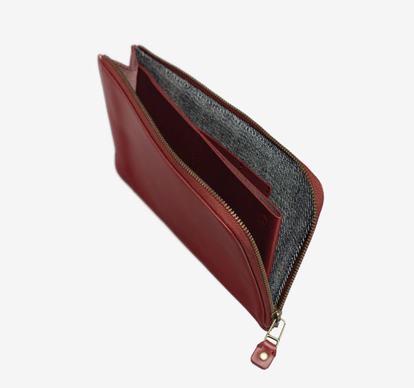 ro Wishbone Zip Travel Wallet | Urban Leather Goods & Accessories | robags.com