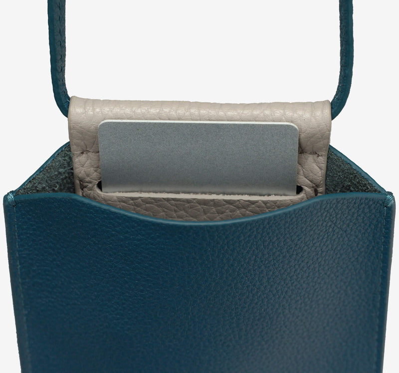 ro Anchorage Phone Bag | Urban Leather Bags & Accessories | robags.com