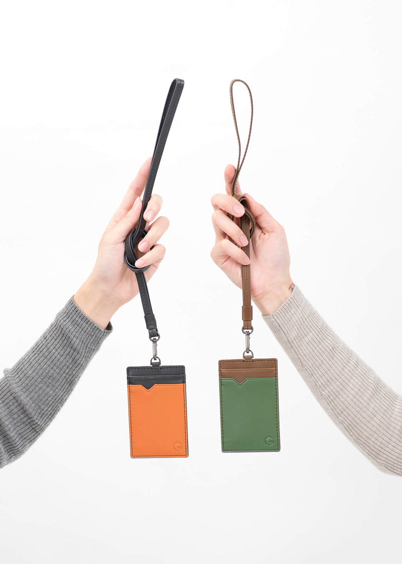 ro Julian Vertical ID Card Holder | Urban Leather Bags & Accessories | robags.com