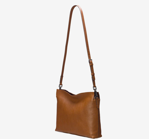 ro Crossbody | Urban Leather Bags & Accessories | robags.com