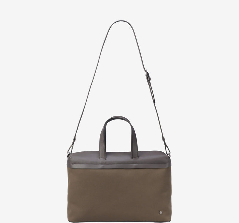 ro Urbanite Briefcase | Urban Leather Bags & Accessories | robags.com