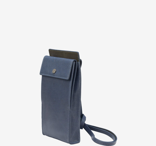 ro Buffalo Crossbody Bag | Urban Leather Bags & Accessories | robags.com