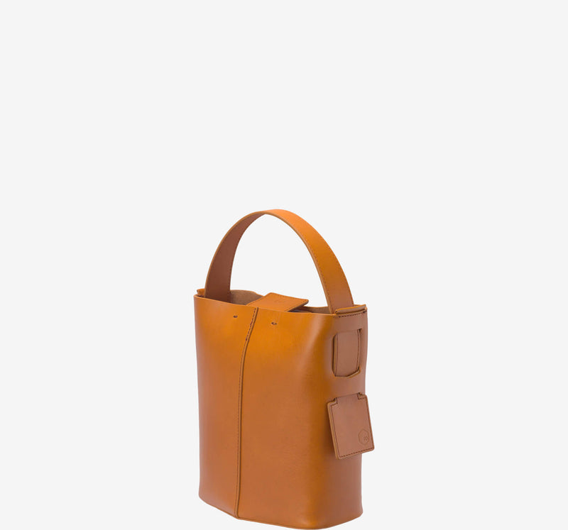 ro Short Strap for Felucca Mini Bucket | Urban Leather Bags & Accessories | robags.com
