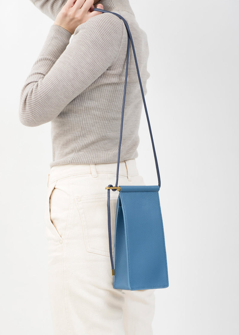 ro Arpeggio Crossbody Bag | Urban Leather Bags & Accessories | robags.com