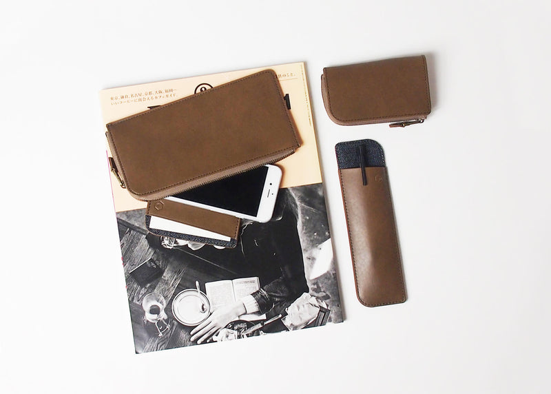 ro Traction Pen Sleeve | Urban Leather Bags & Accessories | robags.com