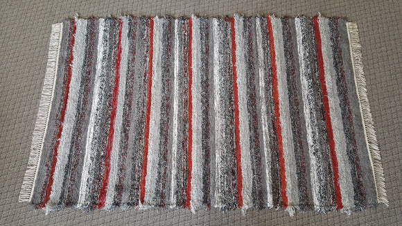 5' x 8' Red & Gray U. S. HAND WOVEN Large Area Textured Rag Rug