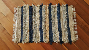 "24"" x 40"" Navy & Honey U. S. HAND WOVEN Small Area Rag Rug"