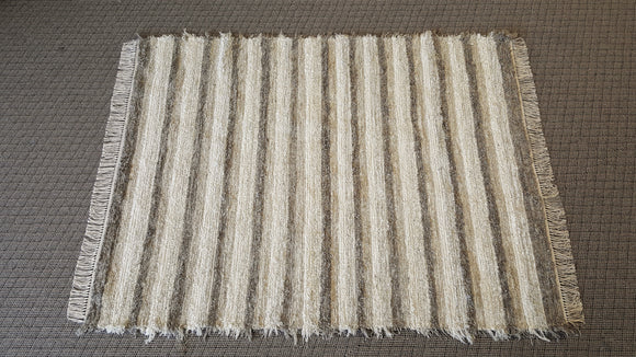 Living Room, Sunroom, Nursery or Family Room Rug -5' x 6' 6