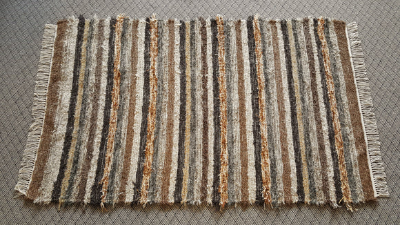 Bedroom, Nursery, Entry Way or Dorm Room Rug - 4' x 6' 5