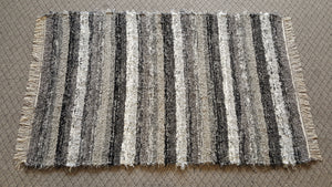 Bedroom, Nursery, Entry Way or Dorm Room Rug - 4' x 6'  Gray, Black & Silver