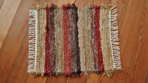 "20"" x 22"" Deep Red U.S. HAND WOVEN Small Area Rag Rug"