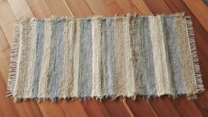 "24"" x 53"" Country Blue U.S. HAND WOVEN Small Area Rag Rug"