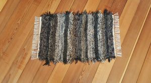 "20"" x 31"" Black, Brown & Gold U. S. HAND WOVEN Small Area Rag Rug"