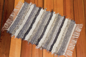 "20"" x 30"" Grey & Oatmeal U. S. HAND WOVEN Small Area Rag Rug"