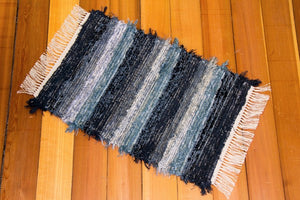 "20"" x 32"" Dusty Blue & Indigo U.S. HAND WOVEN Small Area Rag Rug"