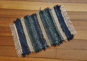 "20"" x 27"" Deep Navy, Teal Green & Oatmeal U. S. HAND WOVEN Small Area Rag Rug"