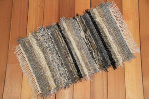 "20"" x 32"" Black, Brown & Gray U.S. HAND WOVEN Small Area Rag Rug"