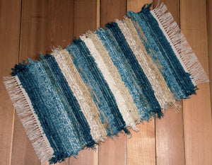 "20"" x 30"" Teal, Aqua, Honey & Ivory U.S. HAND WOVEN Small Area Rag Rug"
