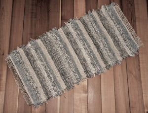 "24"" X 49"" Light Gray, Tan & Oatmeal U.S. HAND WOVEN Small Area Rag Rug"