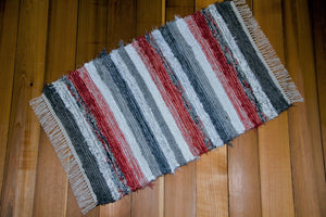 "24"" X 37"" Coral, Gray & Silver U.S. HAND WOVEN Small Area Rag Rug"