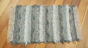 "24"" x 38"" Gray & Earthtone U. S. HAND WOVEN Small Area Rag Rug"