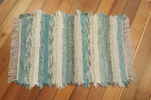 "28"" x 47"" Aqua, Honey & Ivory U. S. HAND WOVEN Textured Medium Area Rag Rug"