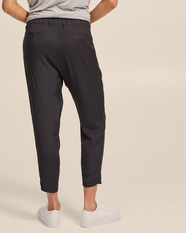 Smart Postpartum Pants - Washed Black - Peachymama - 2
