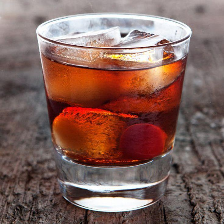 The Perfect Manhattan Cocktail Hands Down