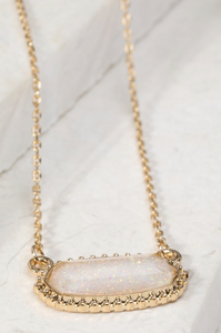 Oval Charm Necklace -White