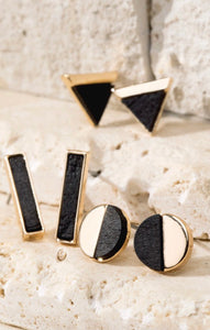 Black and Gold Stud Earrings Set