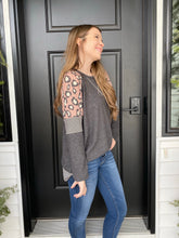 Load image into Gallery viewer, Leopard Pin Stripe Tunic