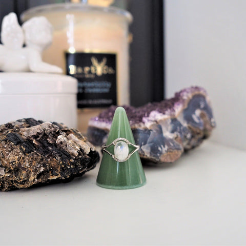 green aventurine ring holder