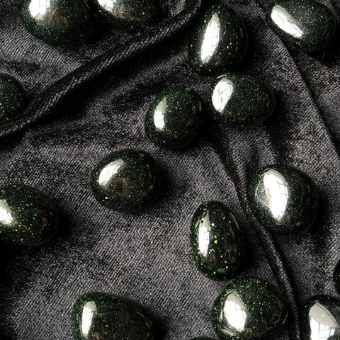 green goldstone tumbled stone
