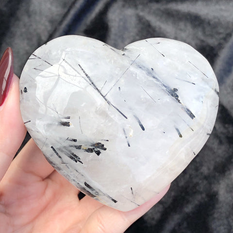 tourmalinated quartz heart E