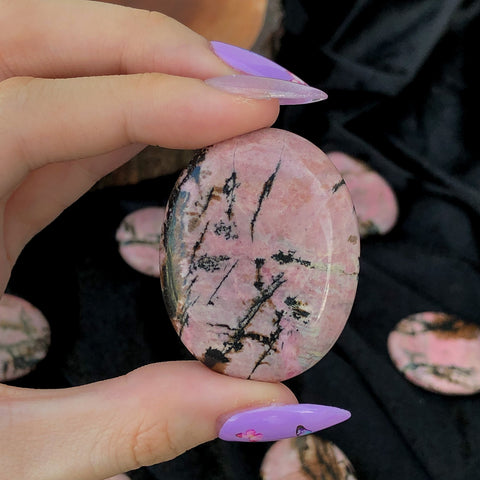 rhodonite worry stone