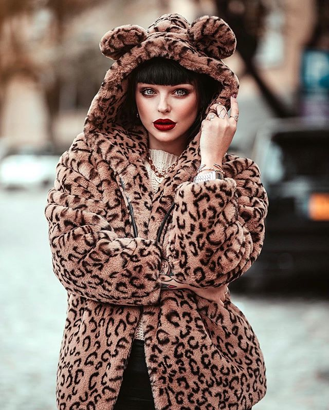 Plush warm leopard coat KF90052