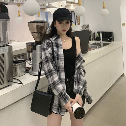 Black and white plaid shirt KF9207