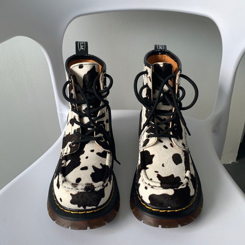 Cow Martin Boots KF81547