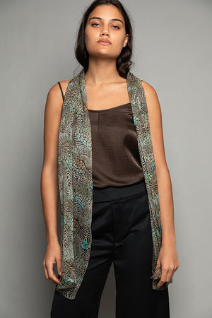 PENDA • Luxury Designer Fashion  • Sustainable printed scarf