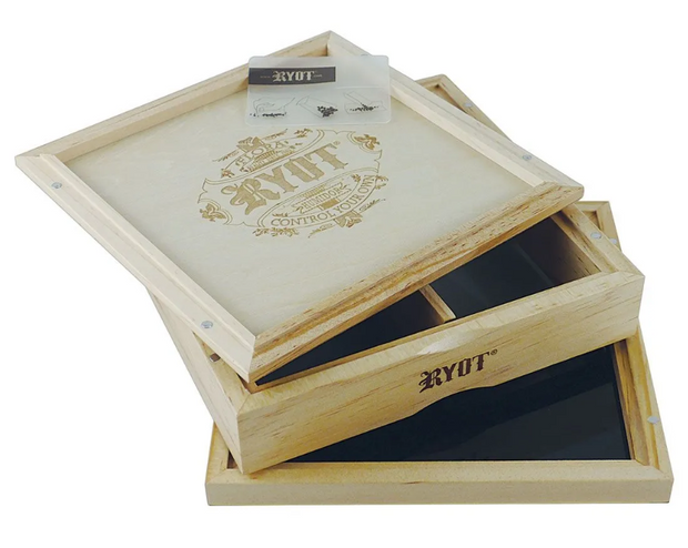 RYOT Solid Top Sifter Box - Large