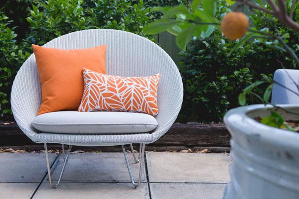 Fabulous outdoor furniture and outdoor décor – now and all year round