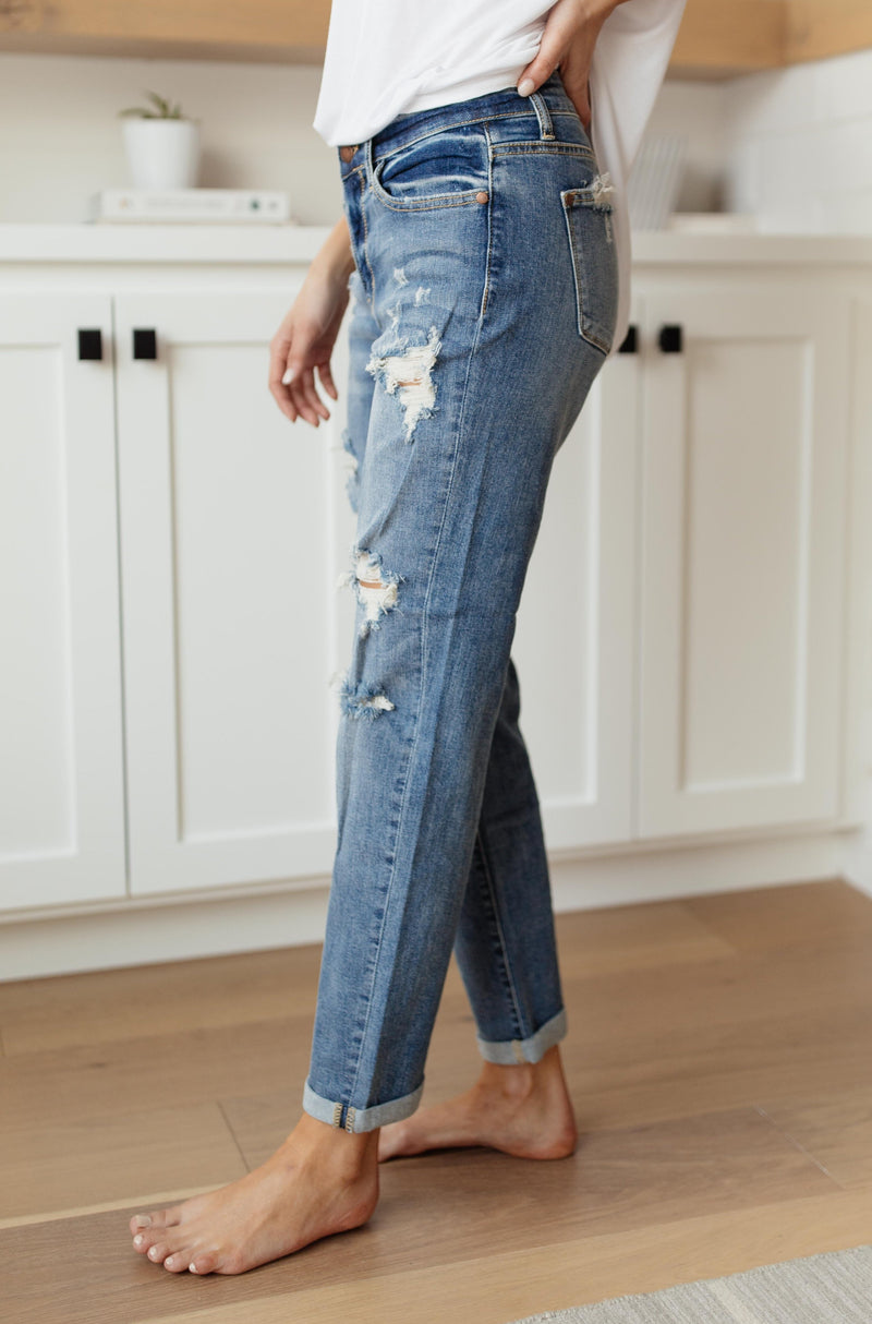 Warmer Weather Lightwash Cropped Jeans