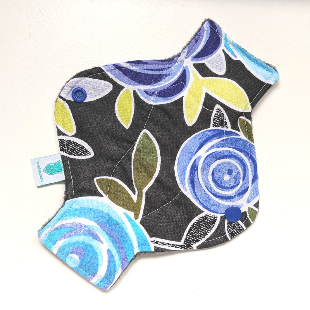 Midnight Rose Long Panty Liner