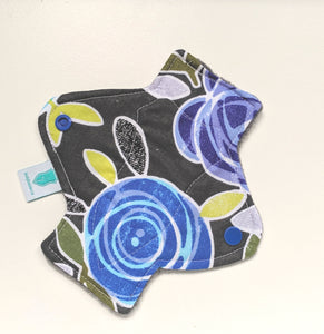 Midnight Rose Panty Liner