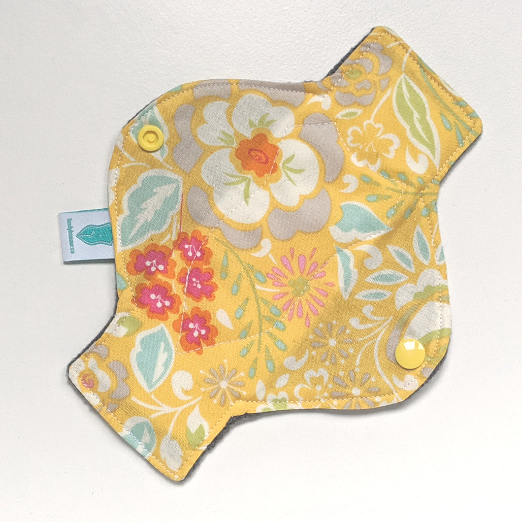Sunshine Garden Long Panty Liner