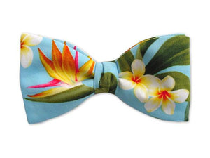 Hawaiian Bow Tie. Bird of Paradise on Blue. Blu Bow Tie for Men.