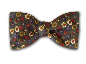 Green Silk Bow Tie with Small Flowers.