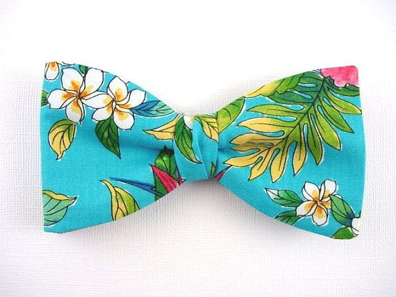 Hawaiian Flower Bow Tie. Plumeria. Leaf. Turquoise Color.
